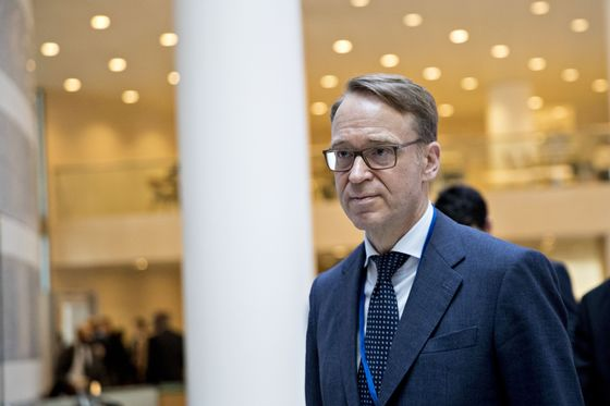 Weidmann Says Time for ECB to Exit 'Very Expansionary'Policy