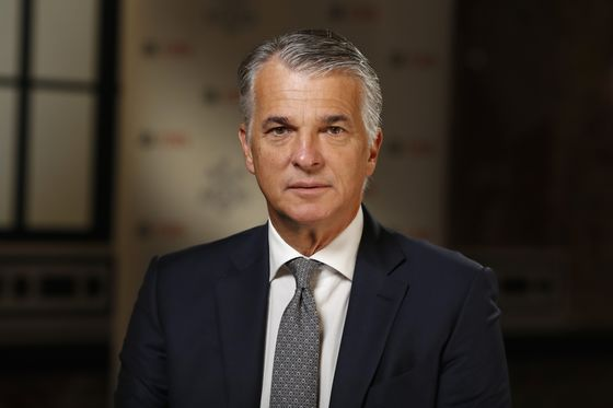UBS Cuts CEO Ermotti's Pay as Bonuses Hinge on French Fine