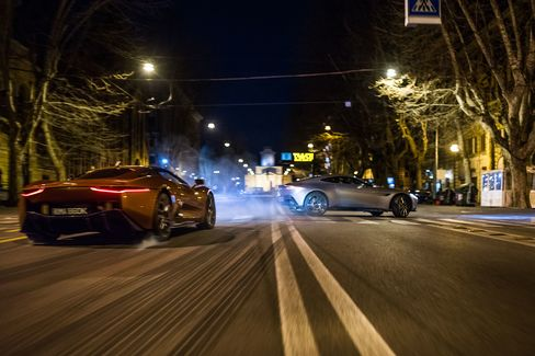 Mr. Hinx drove a Jaguar C-X75 supercar as he chased Bond's Aston.