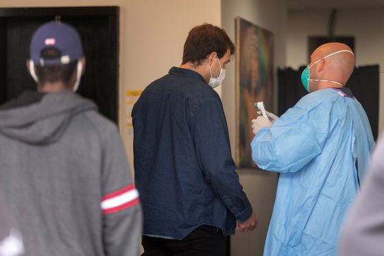 Virus Galvanizes LA to House Homeless After Expensive Failures