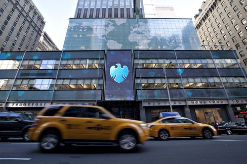 Barclays Said to Dismiss Traders Amid 275 Job Cuts in New York