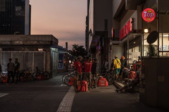 Delivery Drivers Double in Latin America: `It's Been Crazy Days'
