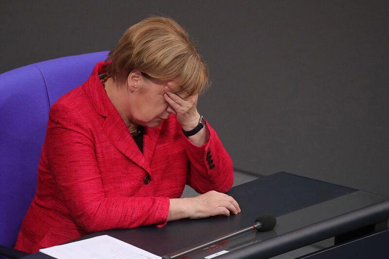 """Η Ευρώπη δεν έχει την πολυτέλεια μιας """"ακέφαλης"""" Γερμανίας"""