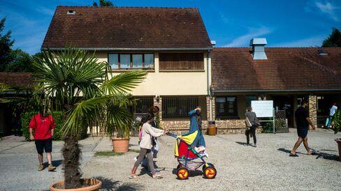 Refugge Center - Cergy-Pontoise