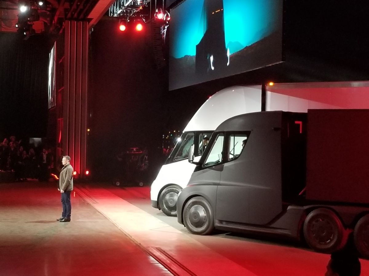 Elon Musk Channels Knight Rider With His Roadster Semi Reveal Bloomberg
