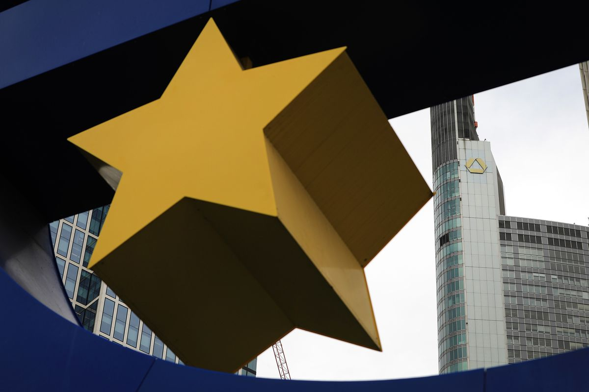How ECB Hopes 'Tiering' Eases Pain of Negative Rates