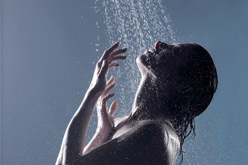 Vitamin C-Infused Showers: Do They Work?