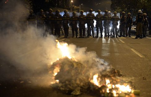 Brazilians Clash Outside Stadium After President Pleads Peace