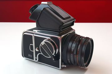 Hasselblad FV-5C Review: $15,500 Device Turns Vintage