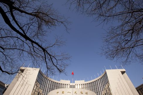 Global Policy Easing Shows Pressure for Asia Rate Cuts