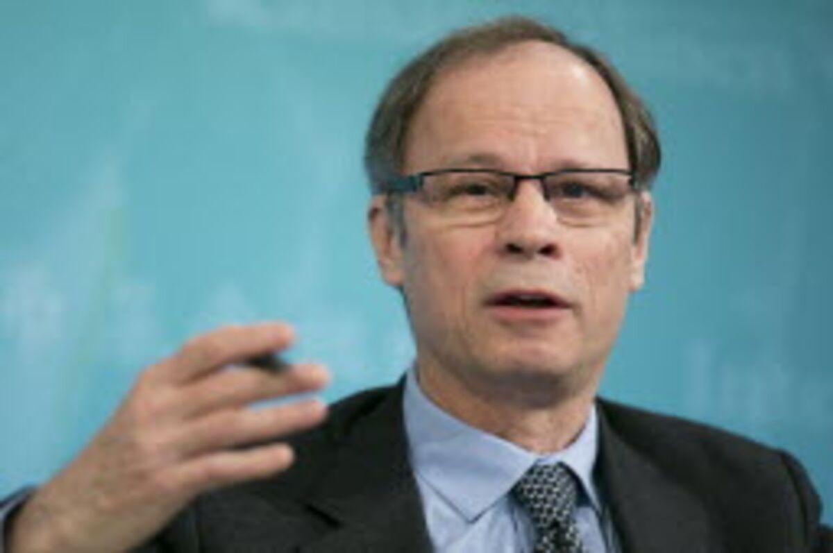 Banker Bonuses Get a Nobel Dis