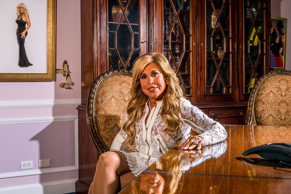 How Lynn Tilton Went From Company Savior to SEC Target - Bloomberg