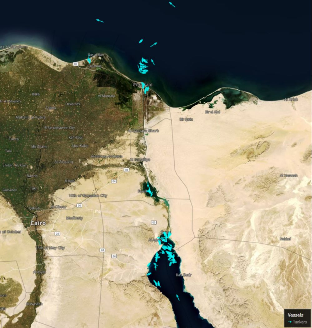 Suez Canal Snarled by Giant Ship Choking Key Trade Route - Bloomberg
