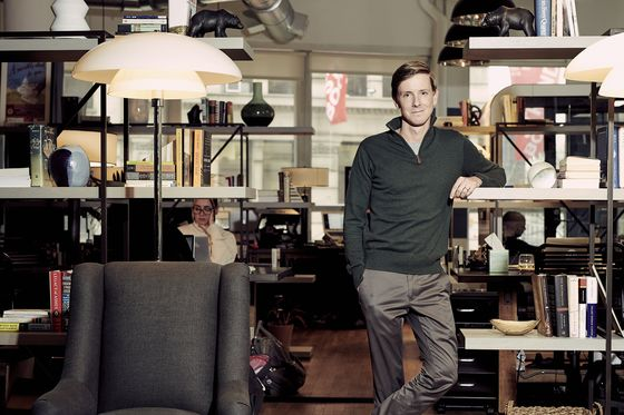 Facebook Co-Founder Chris Hughes Calls for Company Breakup