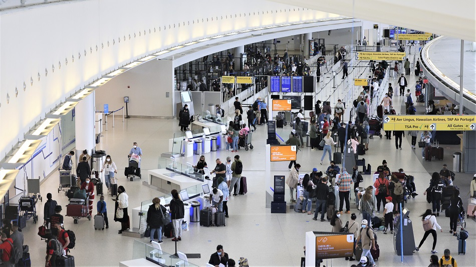 U.S. to Open Air Travel to Most Vaccinated Foreigners
