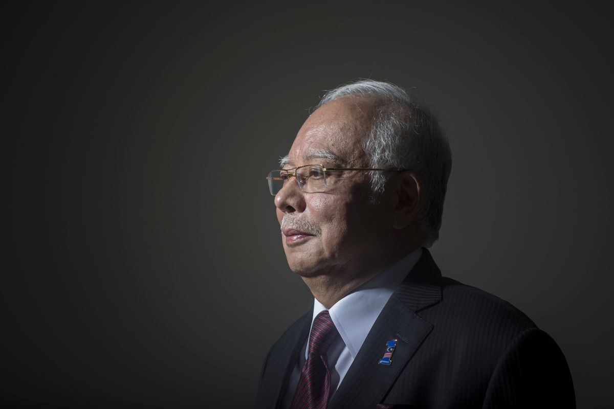 Najib Predicts He'll Extend Grip on Power in Malaysia Election