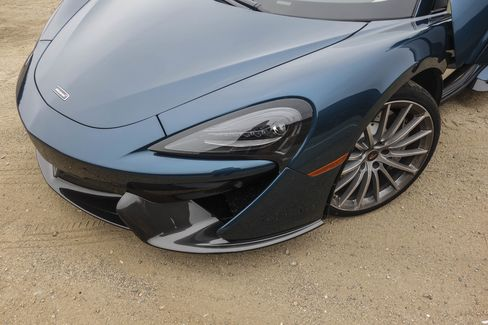 McLaren's signature front fascia is still intact in this new model.