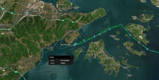 Ships Resume Docking at Ningbo Port After Two-Week Shutdown
