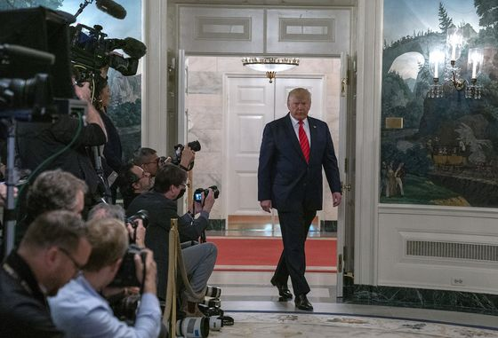 Trump Gets No Respite From Impeachment Probe After U.S. Raid