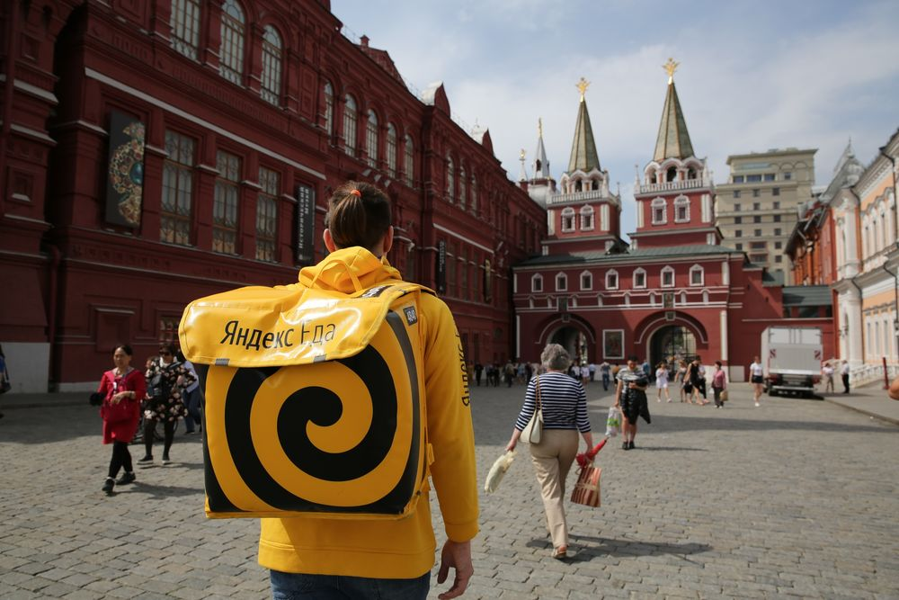 How Russia's Citizens Can't Escape Their Largest Tech Company