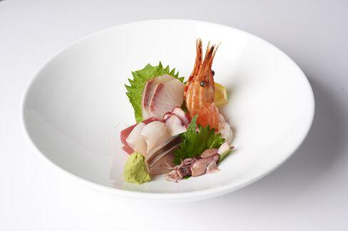 The sashimi bowl.