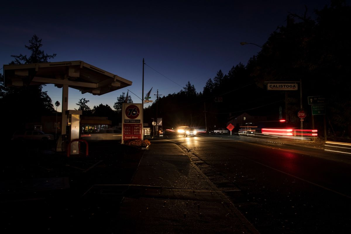 PG&E Warns of Biggest Blackout Ever as Windstorm Approaches