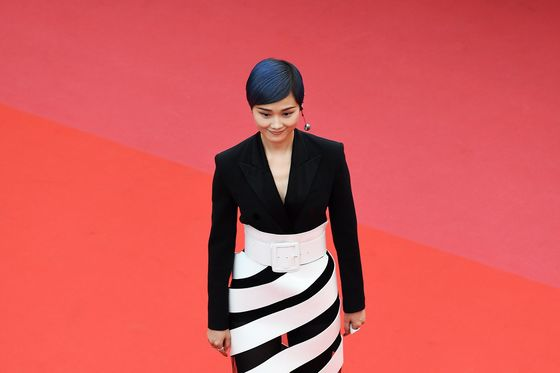L'Oreal Takes Battle for China's Online Shoppers to Cannes