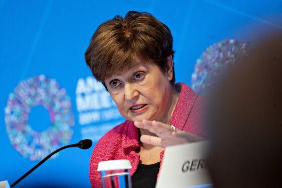 World Risks Uneven Rebound on Vaccine Deficit, IMF Head Says