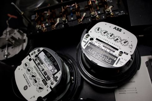 Utilities Try to Tame the Backlash Against Smart Meters
