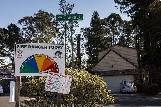Wildfire Risk Leaves Californians Without Homeowners Insurance