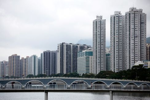 Pressure Builds on China to Ease Home Buying