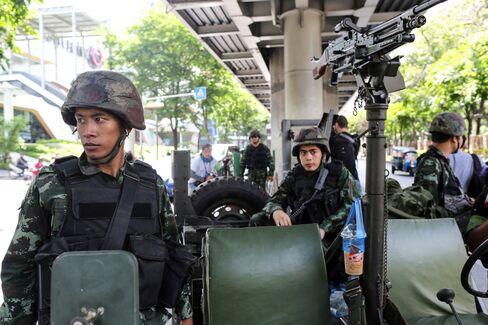 Thai Stocks Rise on Bets Junta will Revive Economy