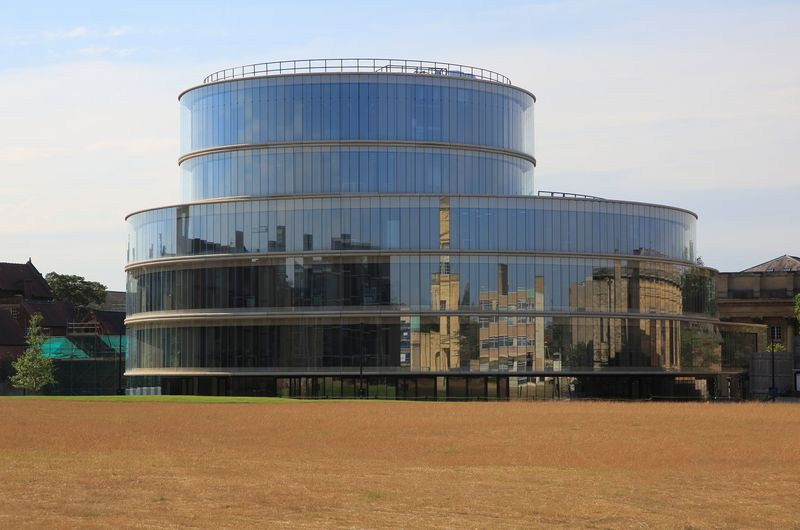 Blavatnik School of government building, University of Oxford, England, UK architects Herzog and de Meuron 2015
