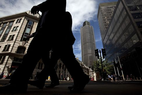 U.K. Financial Services May Have Cut 9,000 Jobs, CBI Survey Says
