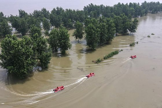 Flood Impact on China's Growth to be Short-Lived, Economists Say