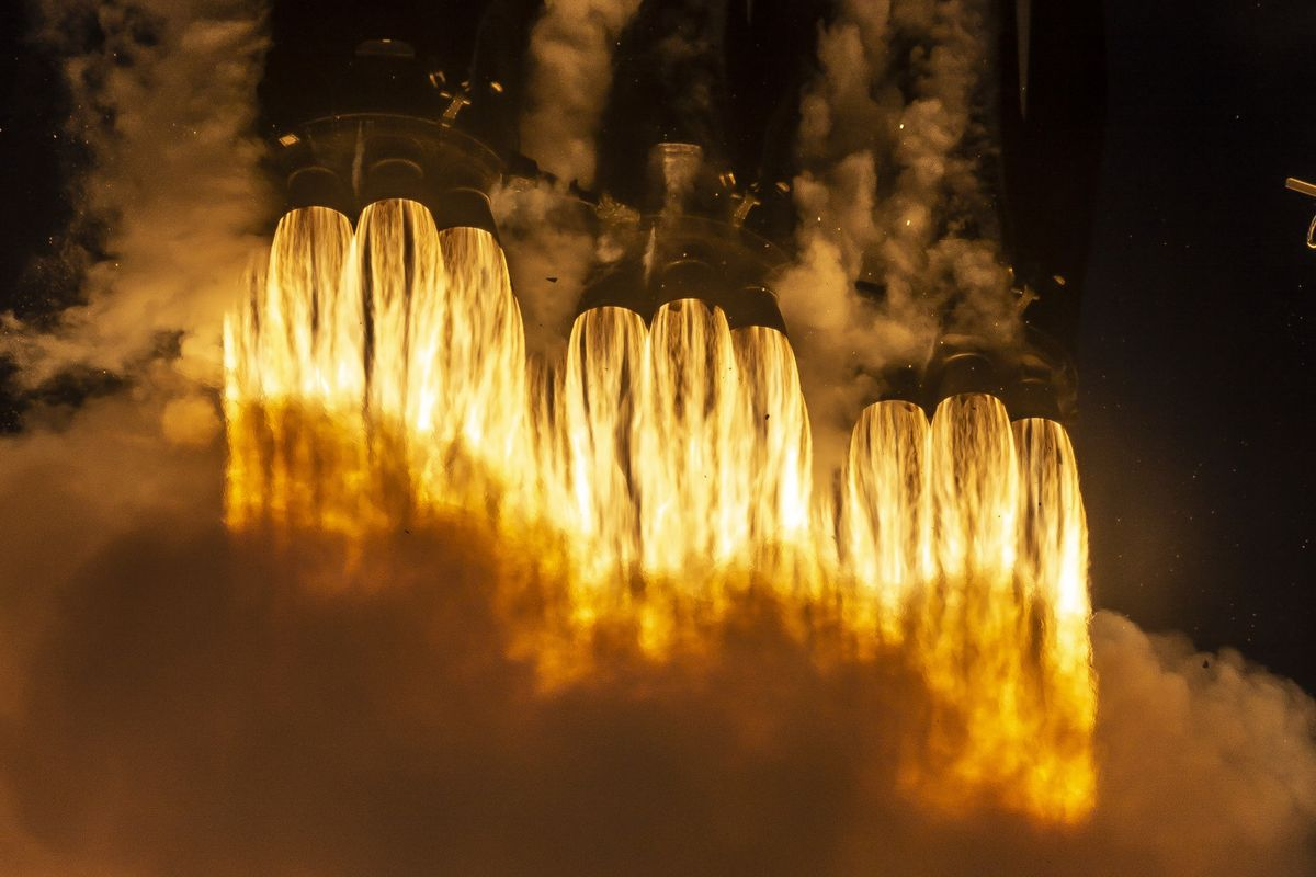 SpaceX Gets Do-Over Flight Years After Launch Pad Explosion