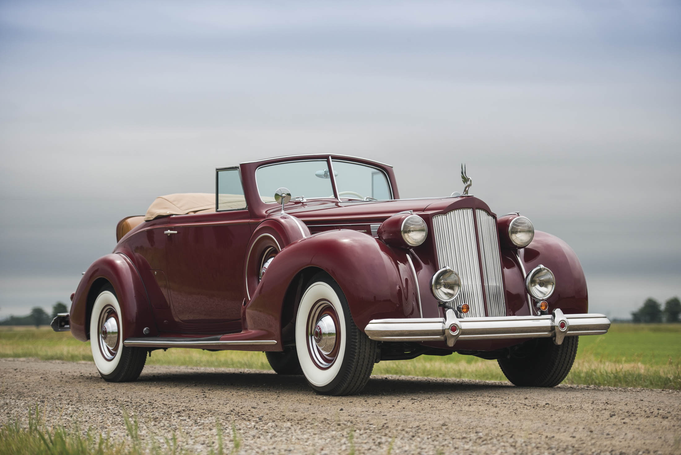 "The Best Vintage Lots From Sotheby\'s Upcoming ""Old Car"" Auction ..."