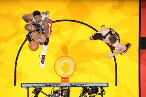 Miami Heat Beat San Antonio to Even NBA Finals at 1-Game Apiece