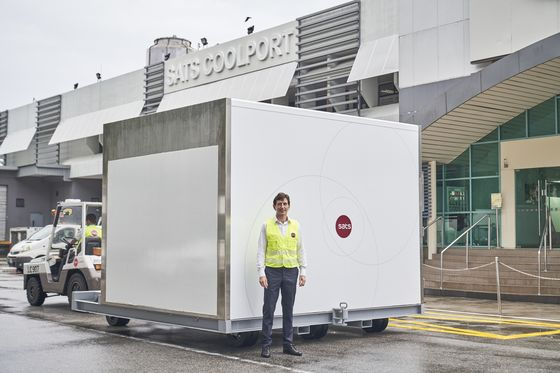 Singapore's Changi Gets Ready With Tons of Dry Ice for Vaccines