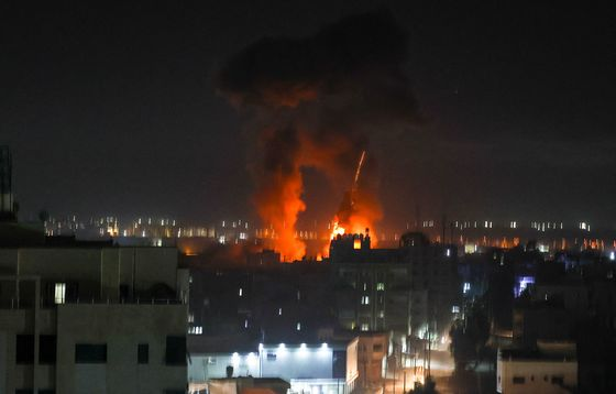 Israel Conducts Airstrikes in Gaza as New Violence Flares