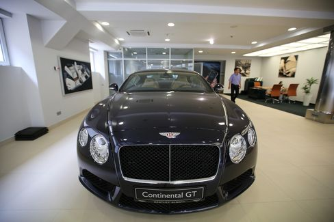 A Continental GT automobile sits in the company's Almaty showroom. Photographer: Andrey Rudakov/Bloomberg