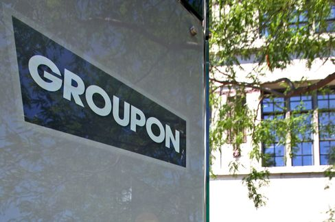 Groupon Plunges to Record as Coupon Demand Fades: Chicago Mover