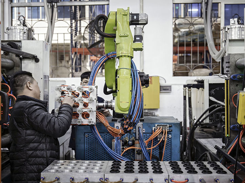 China Sets the Pace in Race to Build the Factory of the Future