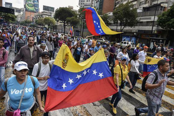 Venezuelans Take to the Streets With Maduro Under Pressure