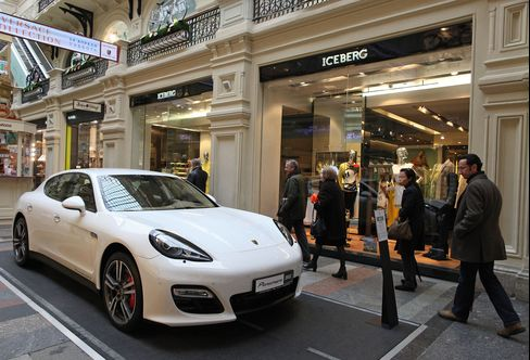 Porsche Doubles for Russians Seeking End to Lada Nightmare