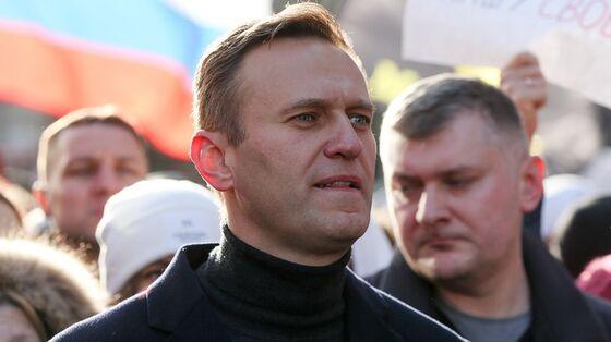 U.S. Warns of 'Consequences' If Kremlin Critic Navalny Dies
