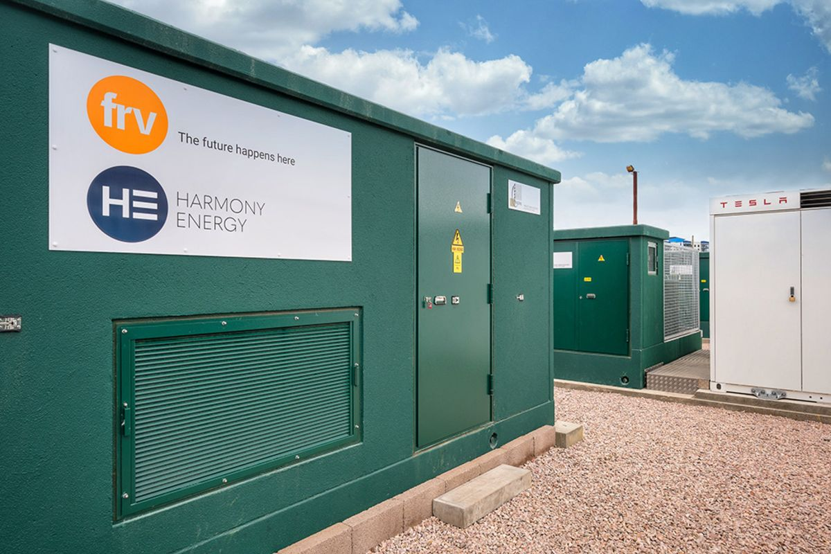Six Giant Tesla Batteries Keep British Lights on for First Time