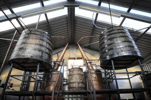 Abhainn Dearg is the Outer Hebrides's first (legal) whisky distillery in almost 200 years.