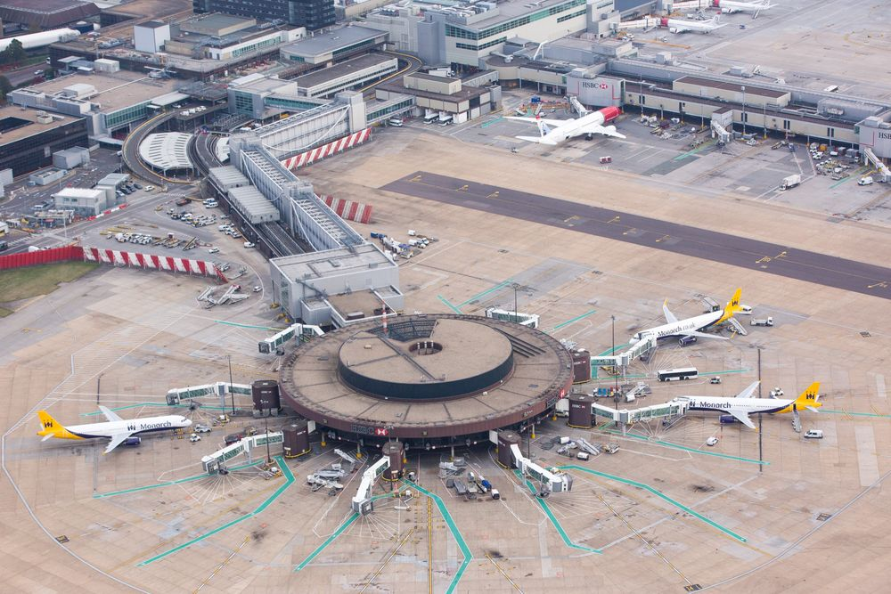 London's Gatwick Airport Sold for $3 7 Billion to Vinci