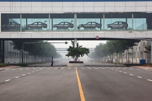 Korean Automakers Thrive in China as Japanese Car Sales Plummet